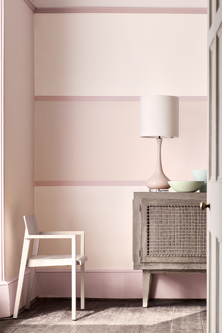 dorchester-pink-stripe-room