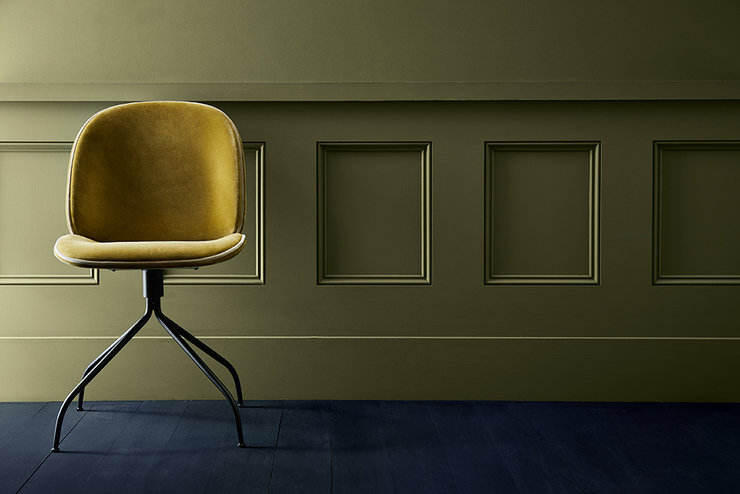 olive-colour-wall-chair-detail
